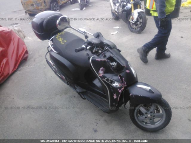 click here to view 2010 VESPA LX at IBIDSAFELY
