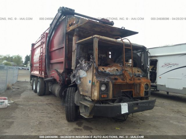 click here to view 2004 MACK MR688S at IBIDSAFELY