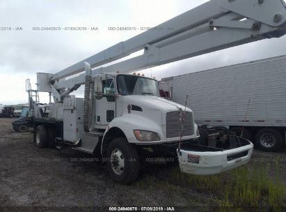 Salvage 2010 KENWORTH CONSTRUCTION for sale
