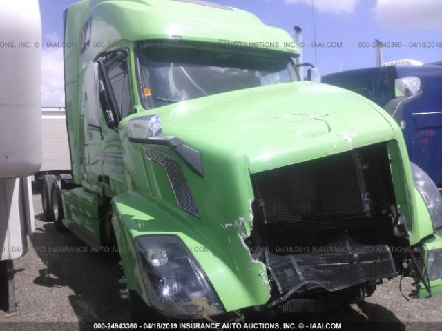 click here to view 2017 VOLVO VN at IBIDSAFELY