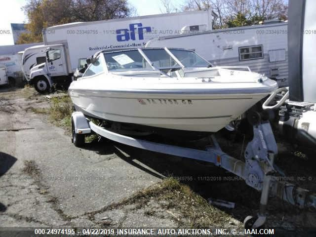 click here to view 1993 SEA RAY BOWER RIDER at IBIDSAFELY