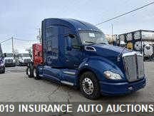 Salvage 2015 KENWORTH T680 for sale