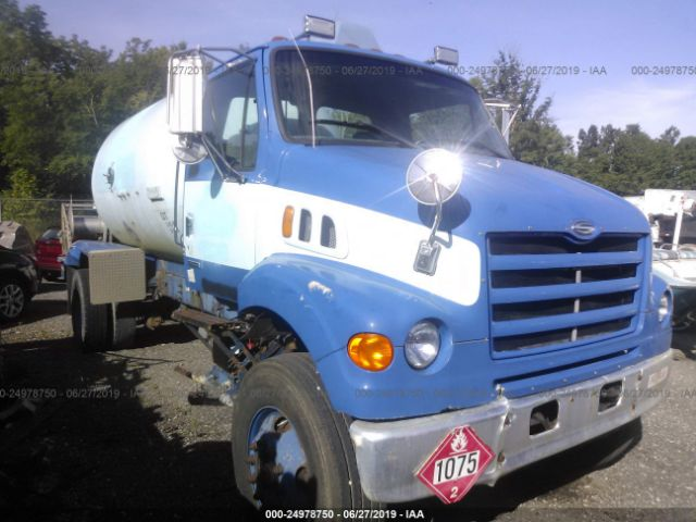 click here to view 2000 STERLING TRUCK L at IBIDSAFELY