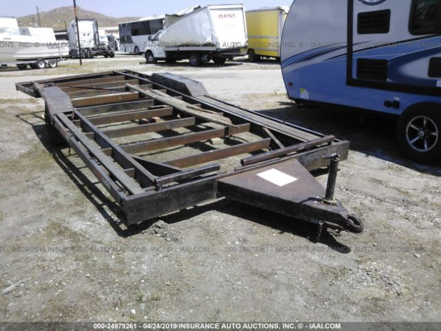 click here to view 2005 SPECIAL CONSTRUCTION TRAILER at IBIDSAFELY
