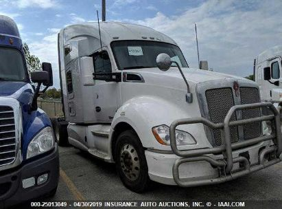 Salvage 2014 KENWORTH T680 for sale