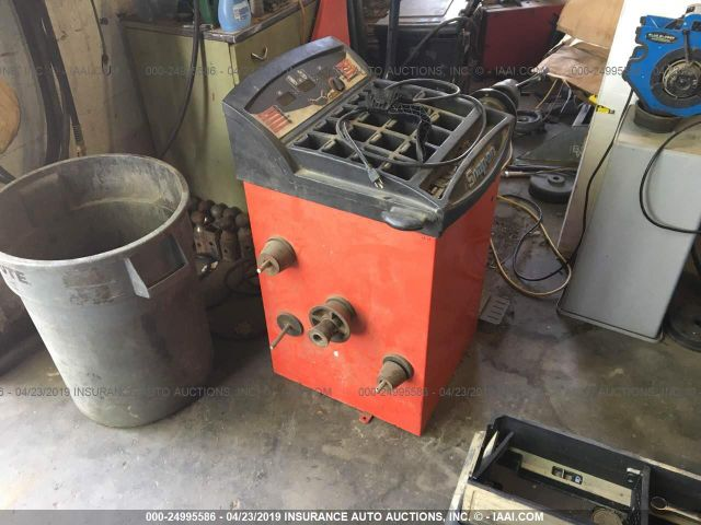 click here to view 2000 SNAP-ON BALANCER at IBIDSAFELY