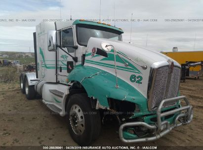 Salvage 2016 KENWORTH CONSTRUCTION for sale
