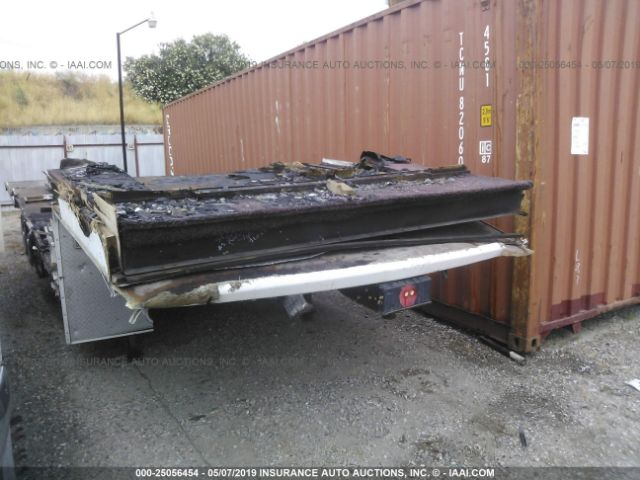 click here to view 2003 SIERRA TRAILER at IBIDSAFELY