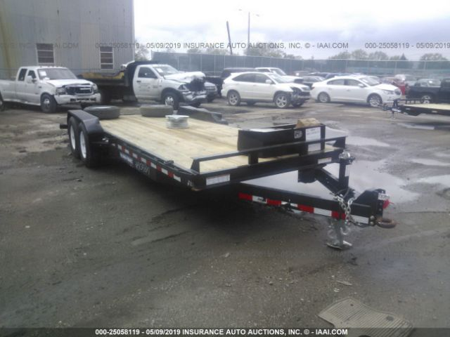 click here to view 2019 SURE TRAC FLAT BED TRAILER at IBIDSAFELY