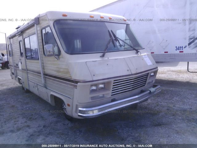 click here to view 1982 PACE ARROW P30 at IBIDSAFELY