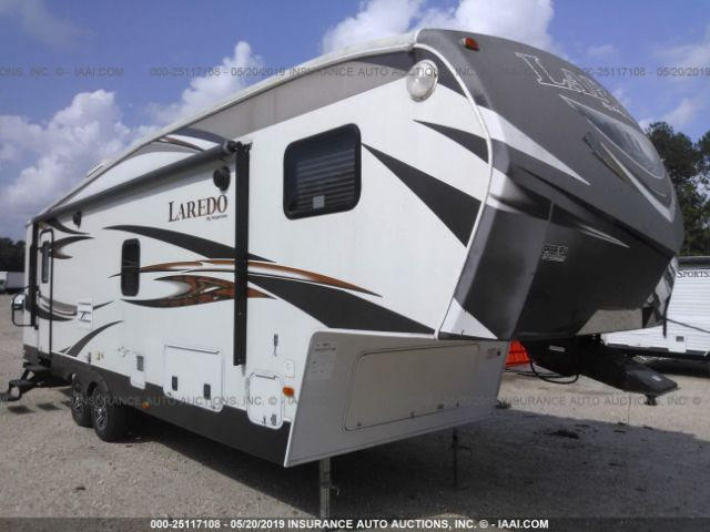 click here to view 2014 KEYSTONE LAREDO 270SRL at IBIDSAFELY