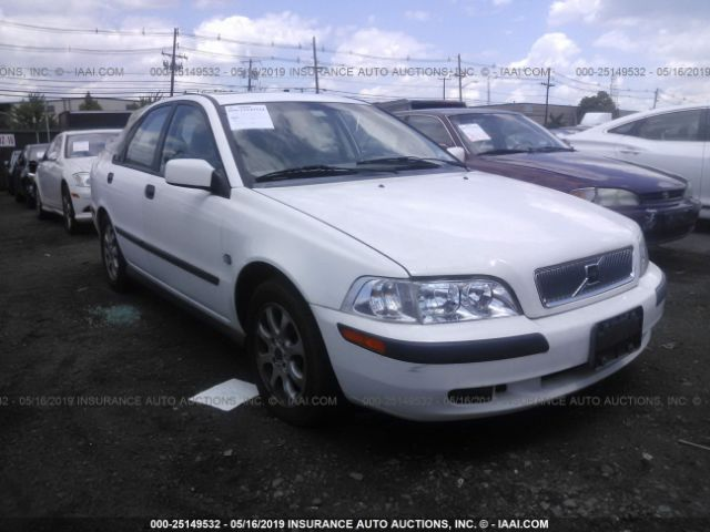 click here to view 2001 VOLVO S40 at IBIDSAFELY