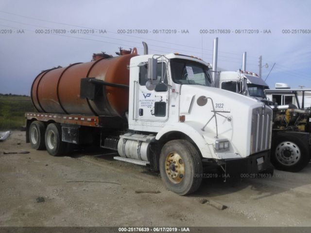 click here to view 2003 KENWORTH CONSTRUCTION at IBIDSAFELY