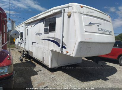 Salvage 2004 KEYSTONE CHALLENGER for sale