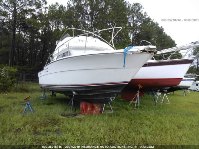 click here to view 1989 TIARA YACHT WARHORSE at IBIDSAFELY