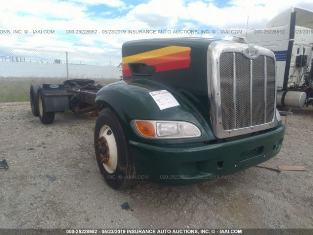 click here to view 2014 PETERBILT 384 at IBIDSAFELY