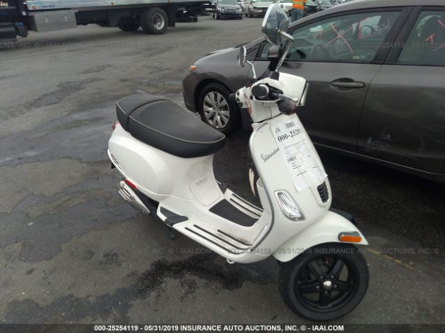 click here to view 2013 VESPA LX at IBIDSAFELY