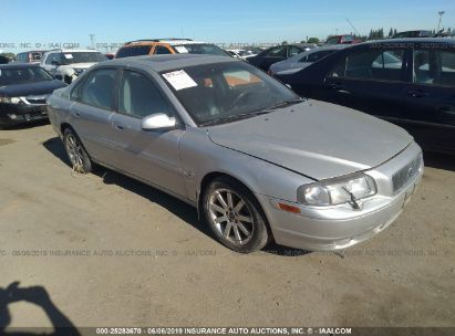 Salvage 2002 VOLVO S80 for sale