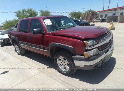 Salvage 2004 CHEVROLET AVALANCHE for sale