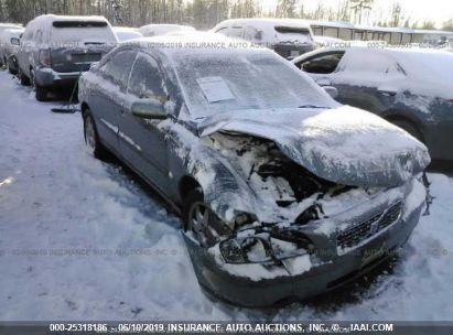 Salvage 2002 VOLVO S60 for sale