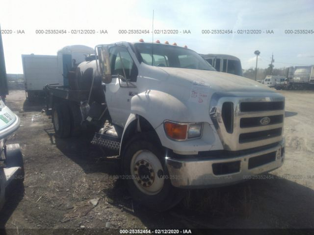 2006 FORD F750 - Small image. Stock# 25352454