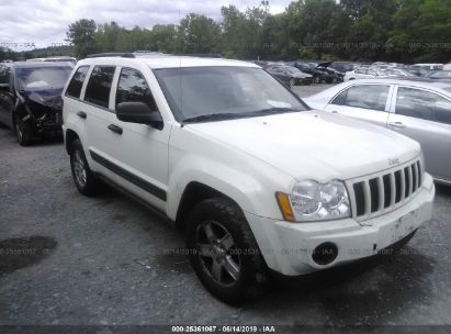 Salvage 2005 JEEP GRAND CHEROKEE for sale