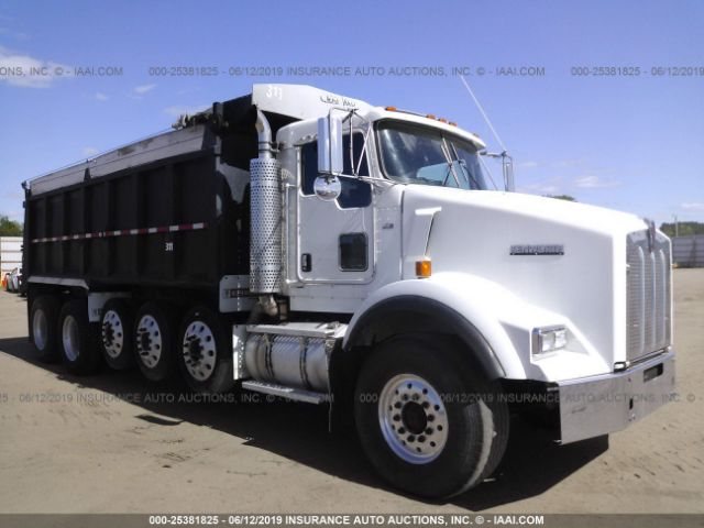 click here to view 2005 KENWORTH CONSTRUCTION at IBIDSAFELY