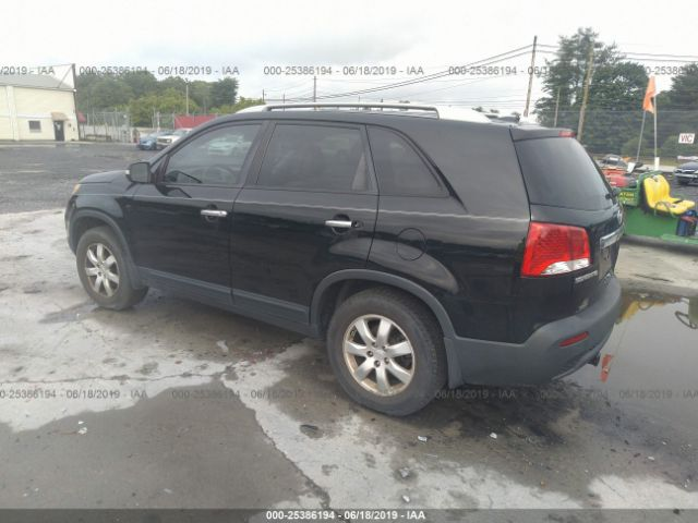 Picture of KIA SORENTO 2011