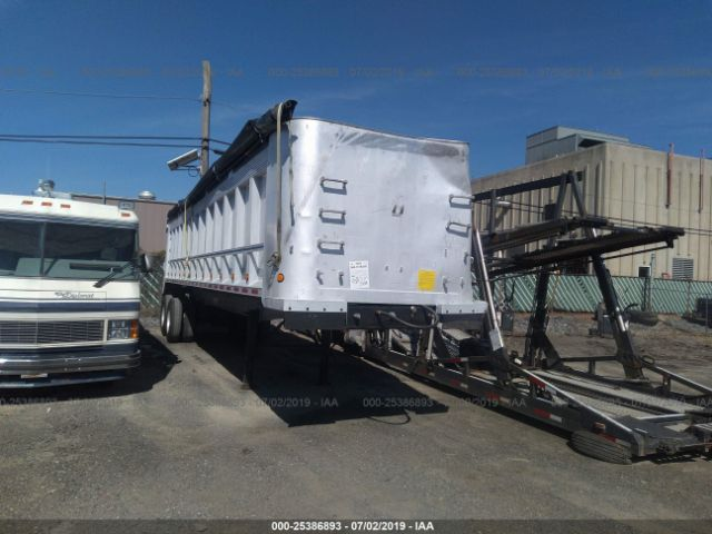 click here to view 1993 NEW CASTLE TRAILER  at IBIDSAFELY