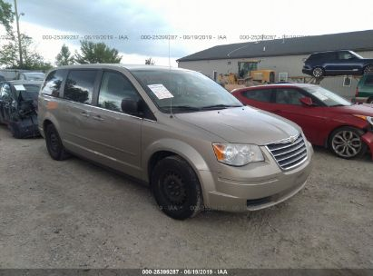 Salvage 2009 CHRYSLER TOWN & COUNTRY for sale