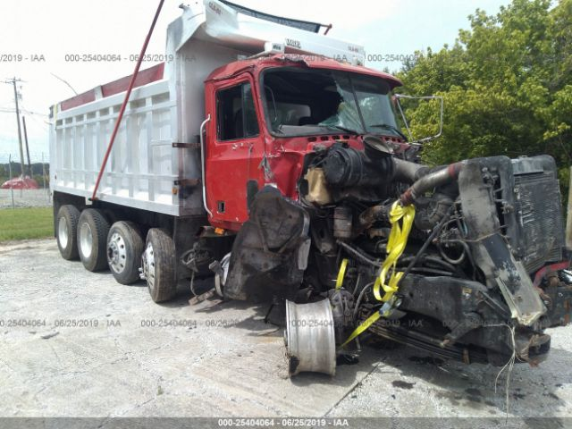 click here to view 2001 MACK CL713 at IBIDSAFELY