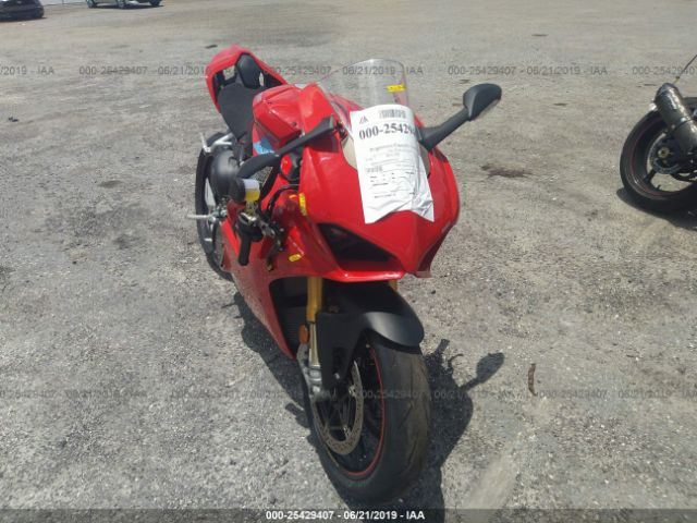 click here to view 2018 DUCATI PANIGALE at IBIDSAFELY