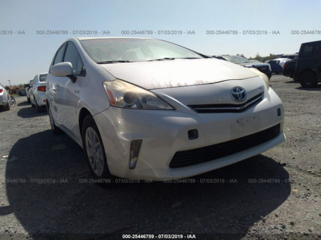 click here to view 2014 TOYOTA PRIUS V at IBIDSAFELY