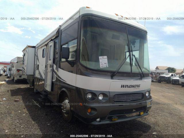 click here to view 2003 WORKHORSE CUSTOM CHASSIS MOTORHOME CHASSIS at IBIDSAFELY