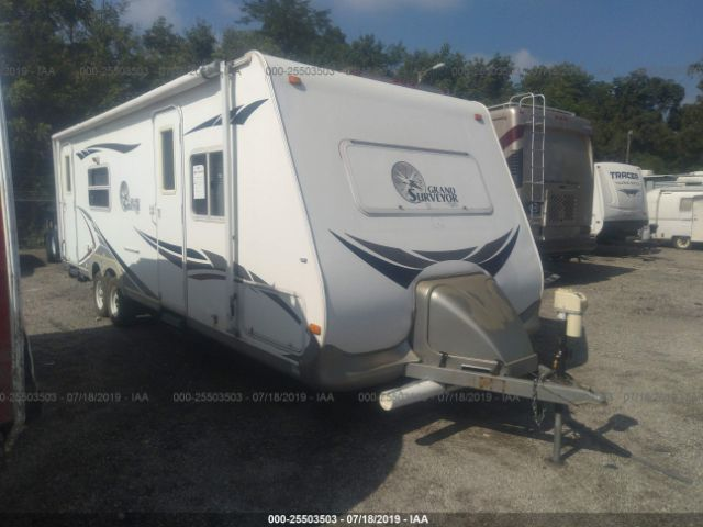 click here to view 2006 SURVEYOR GRANDSU260 at IBIDSAFELY