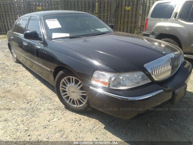 click here to view 2008 LINCOLN TOWN CAR at IBIDSAFELY