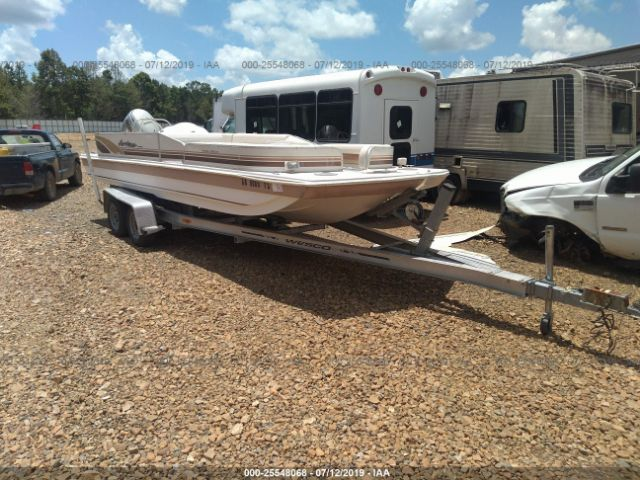 click here to view 1998 GODFREY MARINE HURRICANE 228R at IBIDSAFELY
