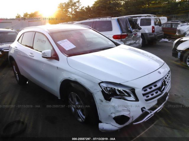 click here to view 2019 MERCEDES-BENZ GLA at IBIDSAFELY