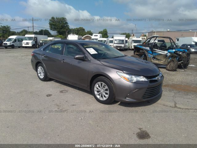 click here to view 2016 TOYOTA CAMRY at IBIDSAFELY