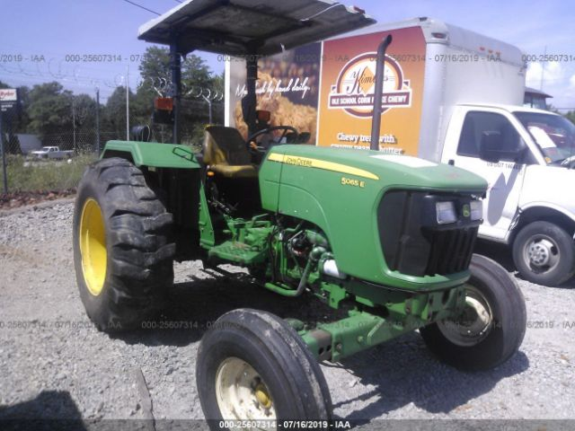 click here to view 2010 JOHN DEERE 5065E at IBIDSAFELY