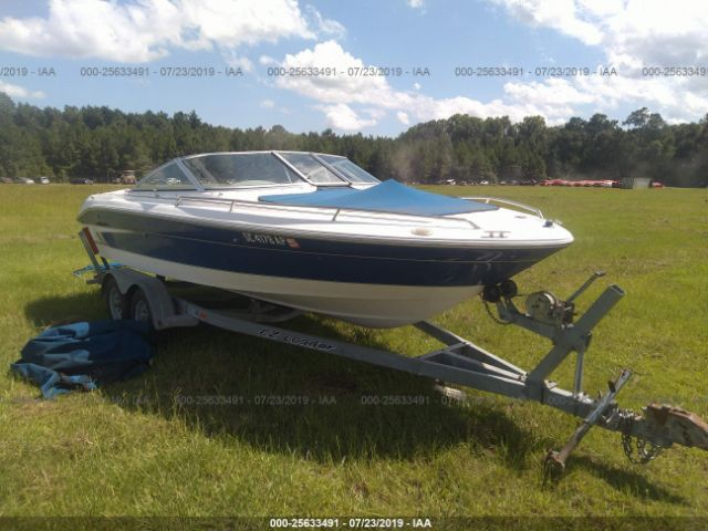 click here to view 1995 SEARAY 200 SIGNATURE BOW RIDER at IBIDSAFELY