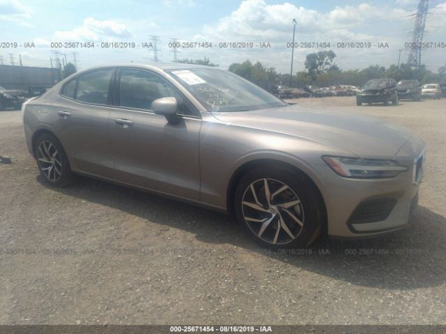click here to view 2019 VOLVO S60 at IBIDSAFELY