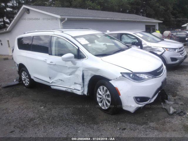 click here to view 2018 CHRYSLER PACIFICA at IBIDSAFELY