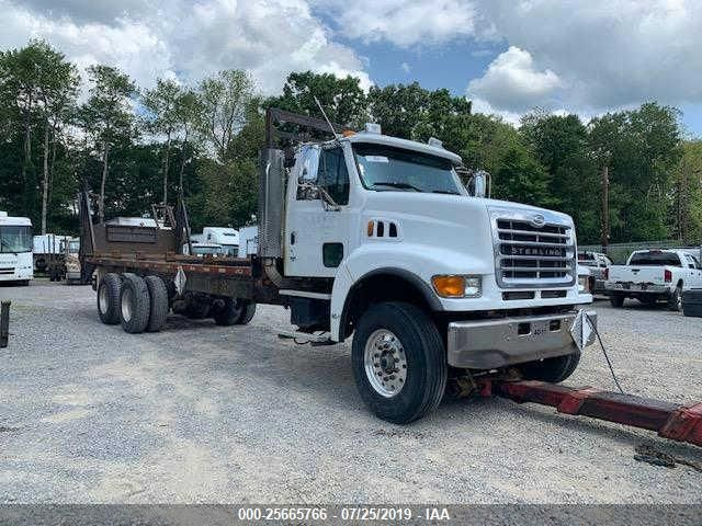 click here to view 2004 STERLING TRUCK LT at IBIDSAFELY