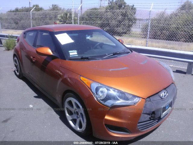 click here to view 2013 HYUNDAI VELOSTER at IBIDSAFELY