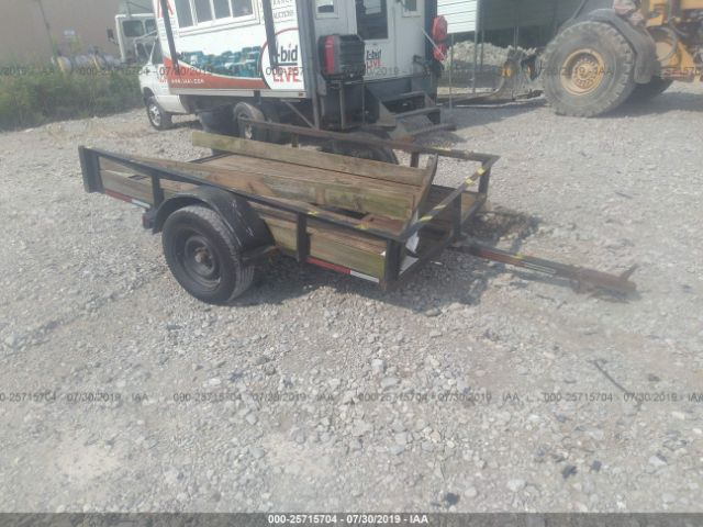 click here to view 2005 LAWNMORE 5X8 TRAILER at IBIDSAFELY
