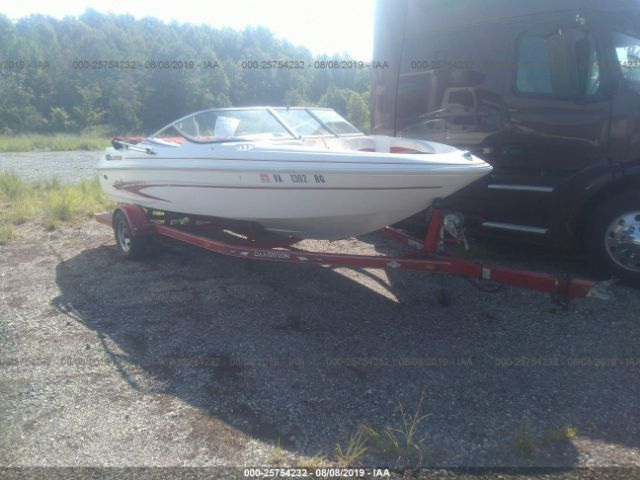 click here to view 2004 GLASTRON SX 195 19FT BOAT at IBIDSAFELY