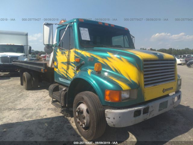 click here to view 2000 INTERNATIONAL 4000 at IBIDSAFELY