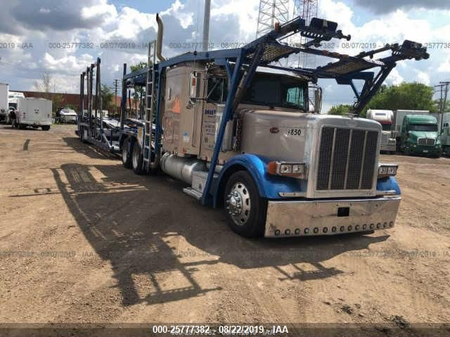 click here to view 2004 PETERBILT 379 at IBIDSAFELY