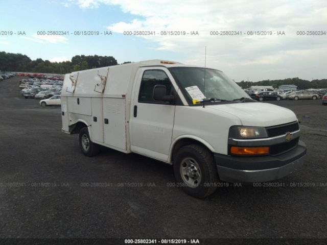 click here to view 2015 CHEVROLET EXPRESS G3500 at IBIDSAFELY